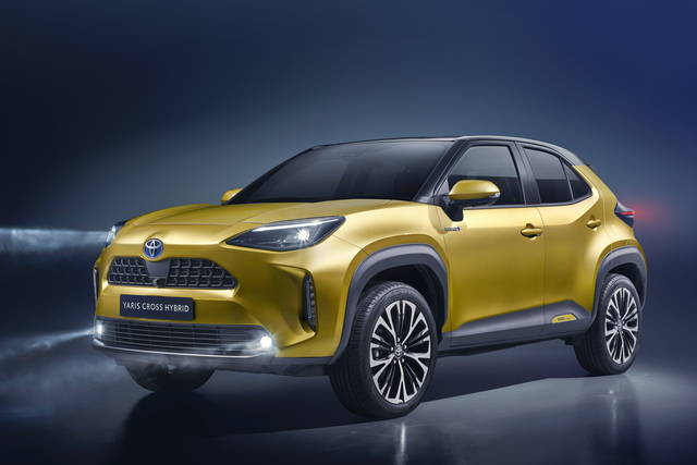 Toyota Yaris Cross: ibrida, grintosa e anche 4x4