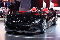 Ferrari Monza SP2: Max Verstappen ne prende una