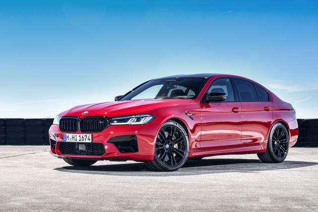 BMW M5: stessa potenza, aspetto più grintoso
