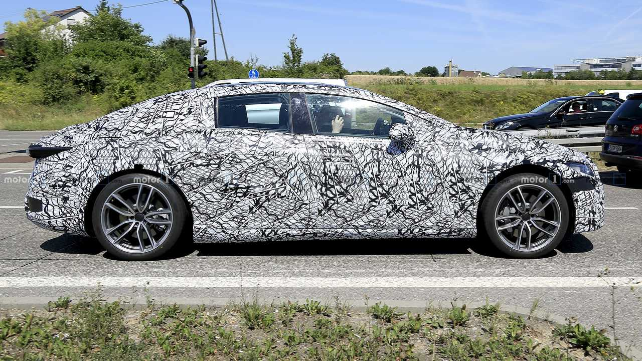 Mercedes EQS spy photo