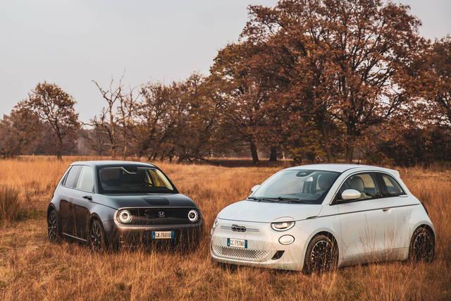 La Fiat Nuova 500 sfida la Honda e