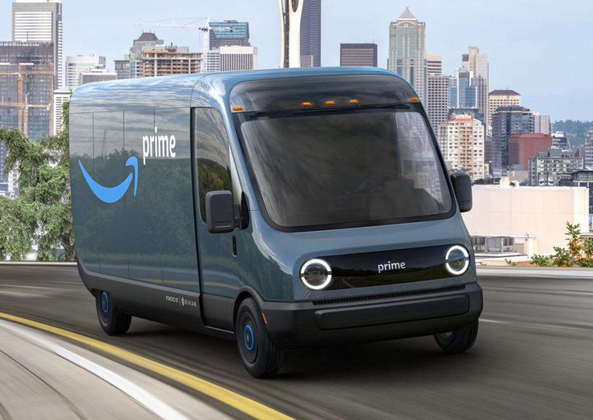 Amazon: già su strada il furgone a zero emissioni prodotto con Rivian