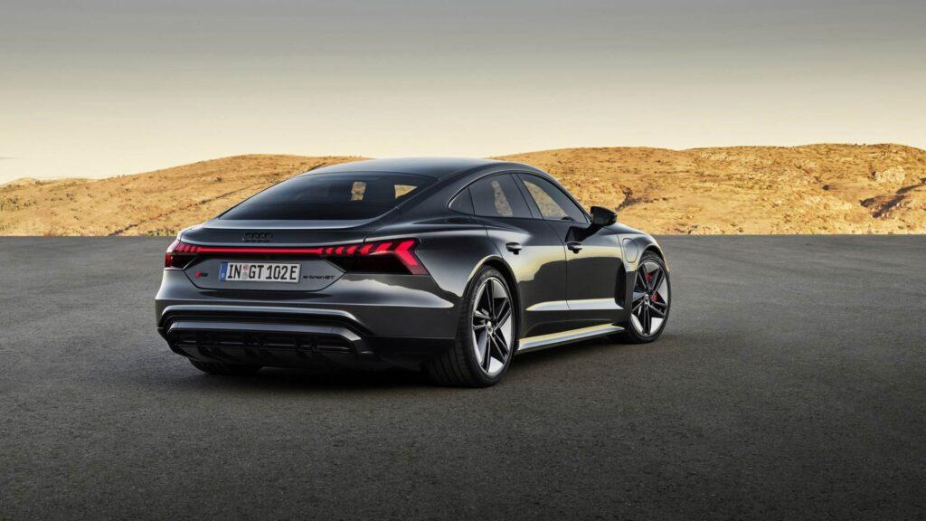 Audi e-tron GT: prezzi in Italia da 107.800 euro