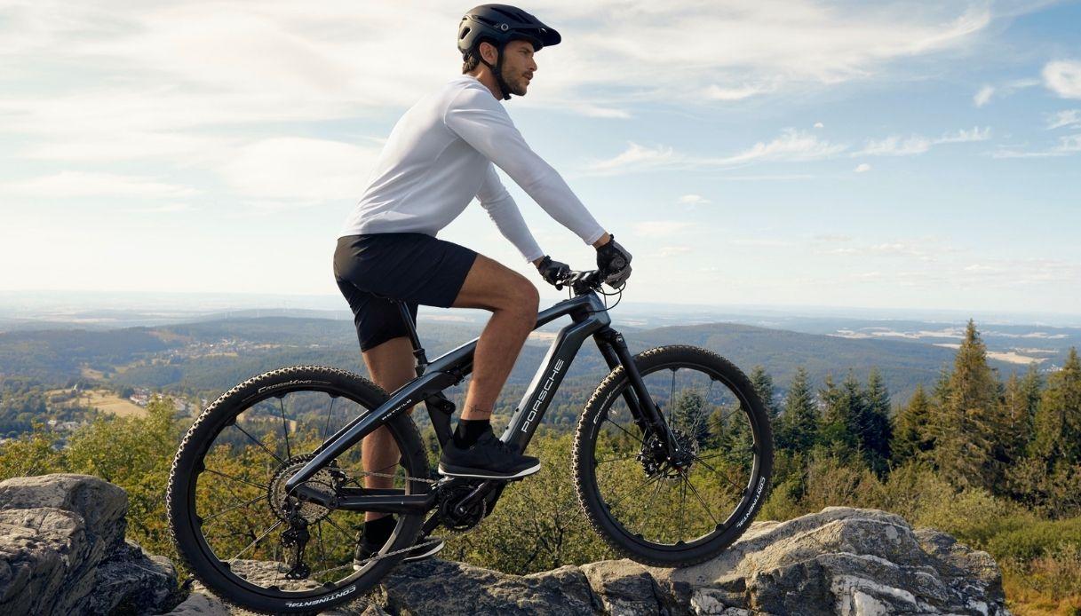 Porsche eBike Cross, la nuova bici elettrica