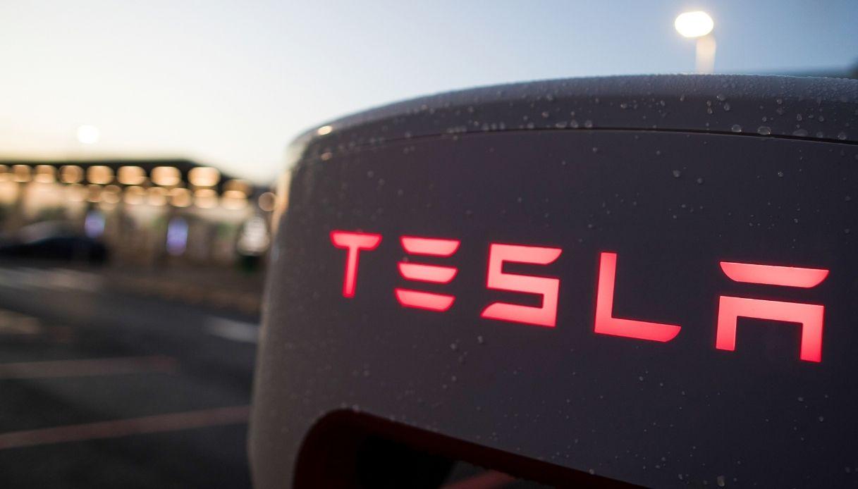 nuovo furgone elettrico Tesla