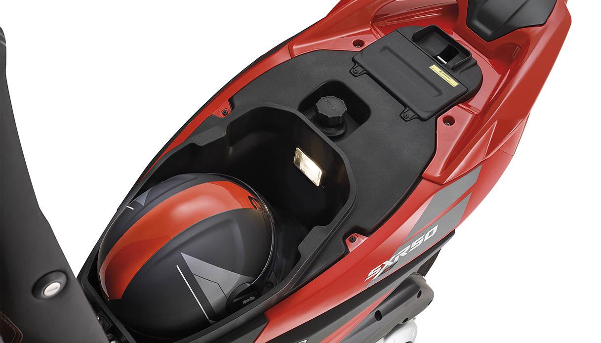 Nuovo scooter Aprilia SXR 50 2021