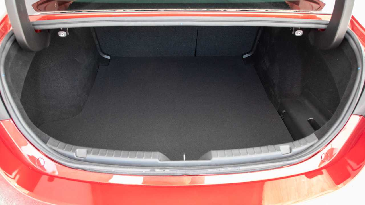 Mazda3 Sedan SKYACTIV-G 122 CV
