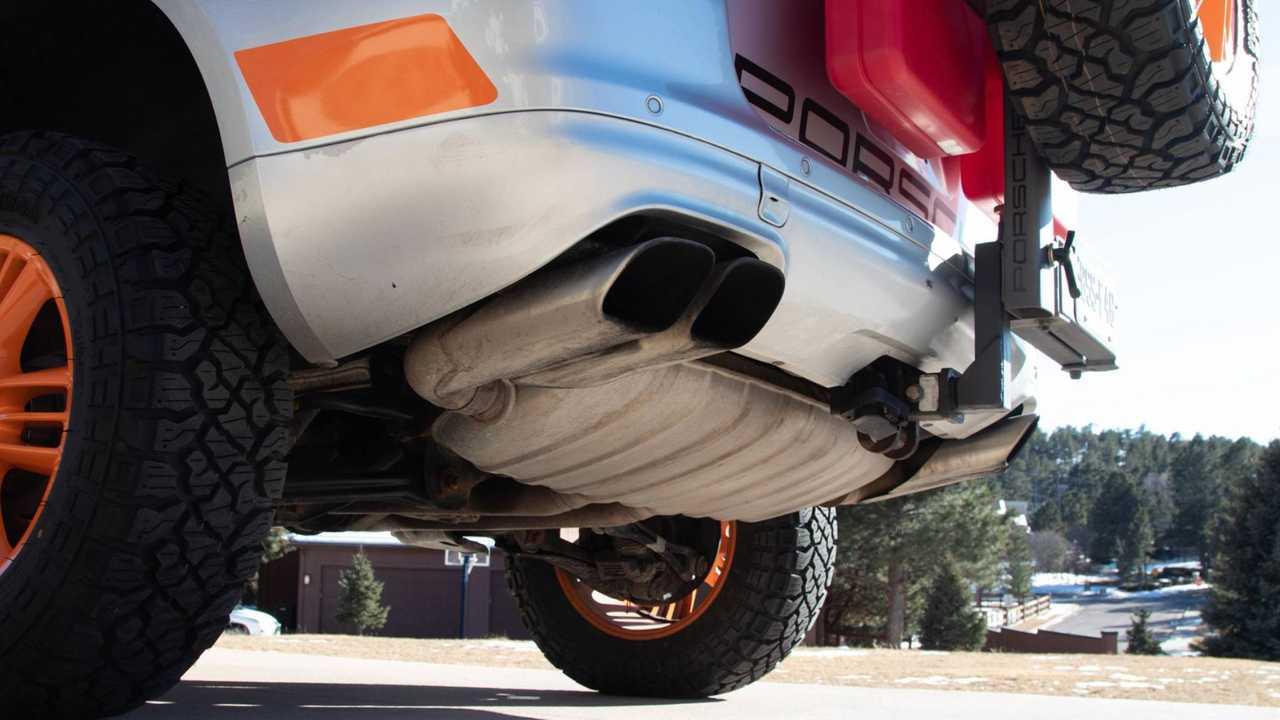 2005 Tributo alla Porsche Cayenne Turbo Transsiberia