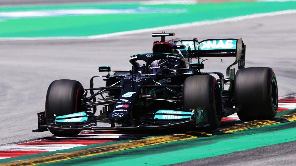 F1 GP di Spagna: arriva la pole position numero 100 per Hamilton