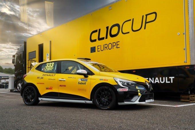 Renault: parte da Monza la quinta edizione della Clio Cup Press League