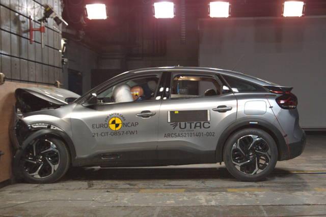 Test sulla sicurezza per Citroën C4, Genesis G80 e GV80