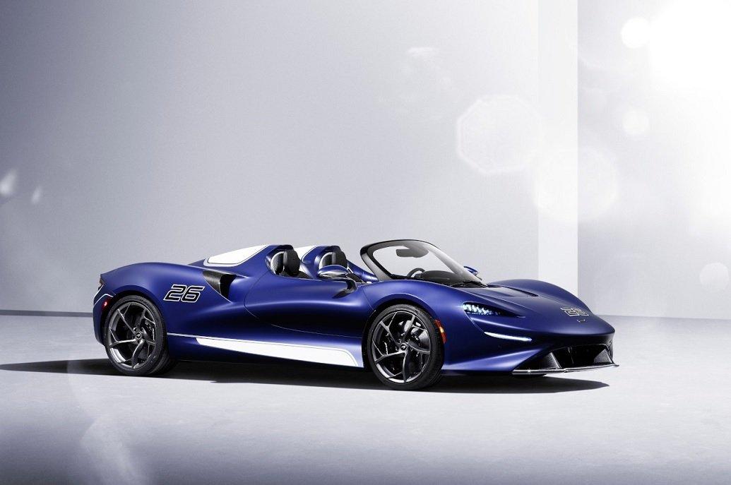 McLaren Elva: ecco la versione con il parabrezza