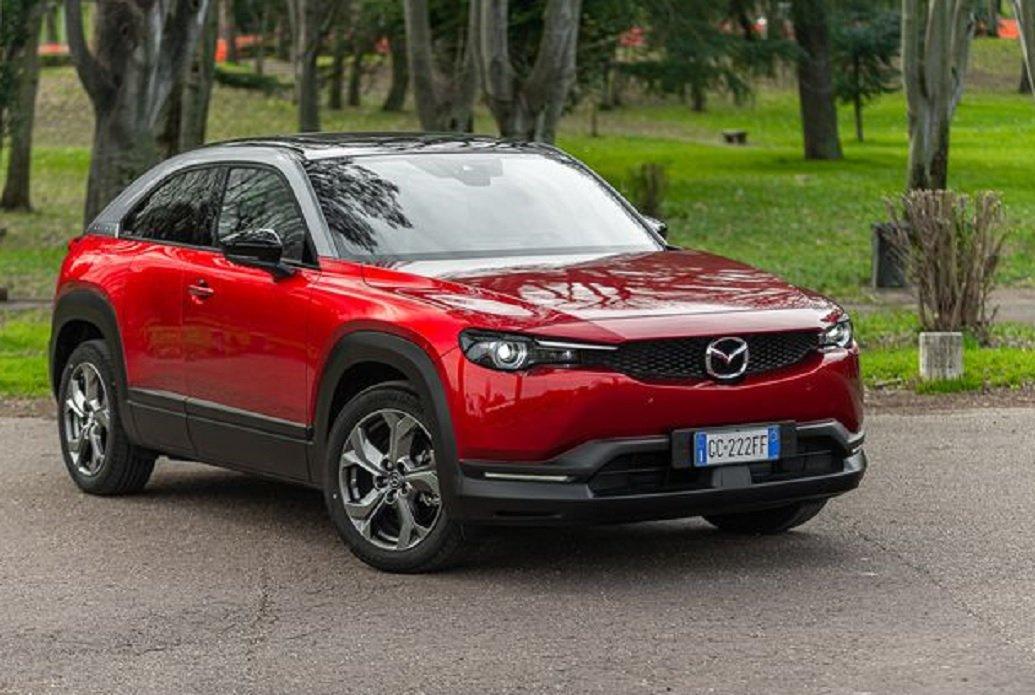 Milano Motor Show 2021: Mazda punta su elettrificazione e offerte dedicate