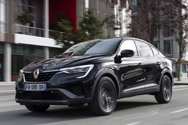 Renault Arkana: arriva l'E-Tech 145