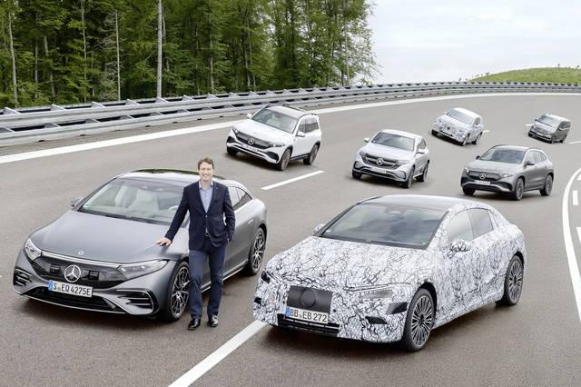 Mercedes: solo nuove auto elettriche dal 2025