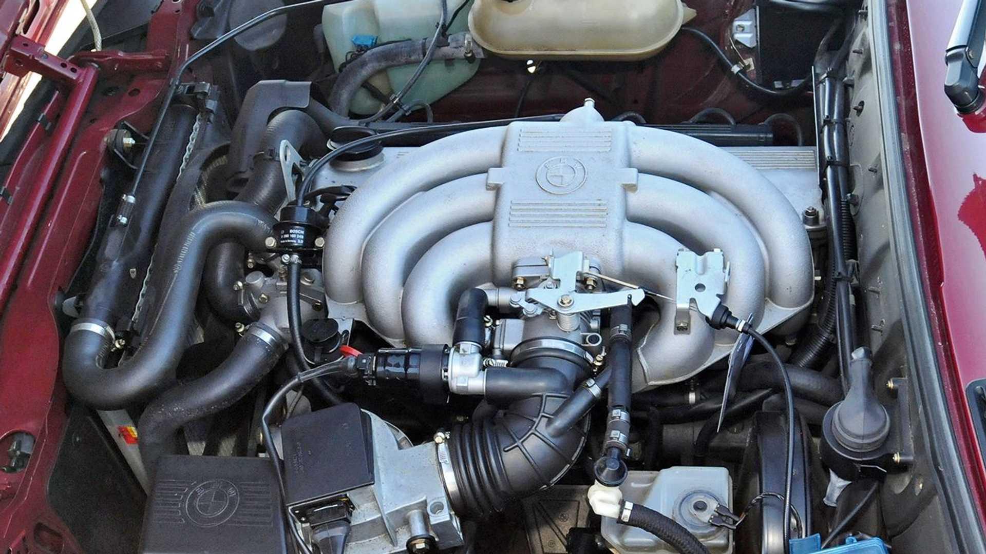https://cdn.motor1.com/images/mgl/z6BGq/s6/i-motori-6-cilindri-m20-di-bmw.jpg