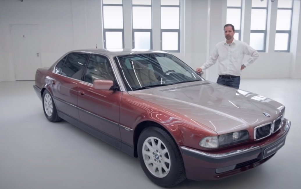Bmw Serie 7 E38: tre esemplari-simbolo della superberlina Anni 90, ecco il video