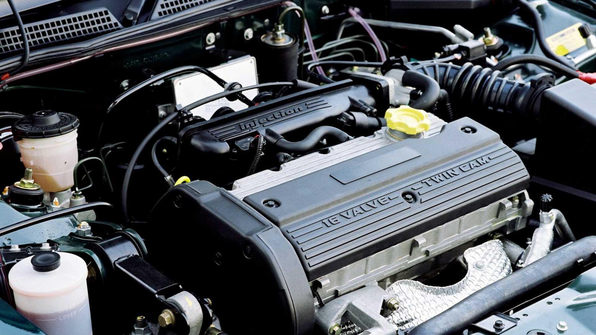 https://cdn.motor1.com/images/mgl/pKoK0/s6/motore-rover-serie-k---mg-zs-120.jpg